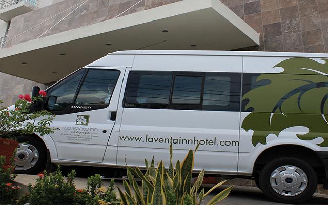Te ofrece servicio de transportación gratuita a los alrededores