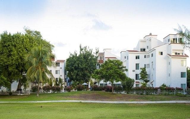 Las Gaviotas Hotel and Suites en Zona Hotelera Laguna