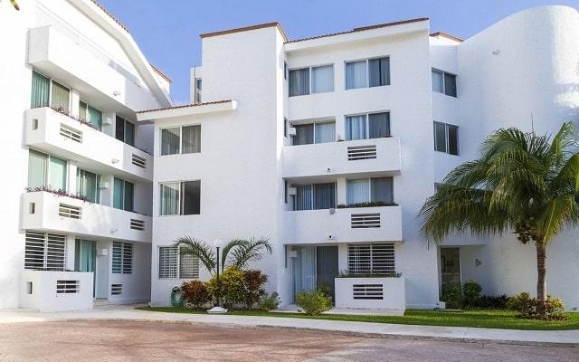 Las Gaviotas Hotel and Suites, buena ubicación