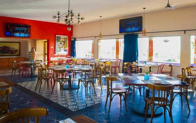 Los Patios Hotel, prueba su variado menú de alimentos
