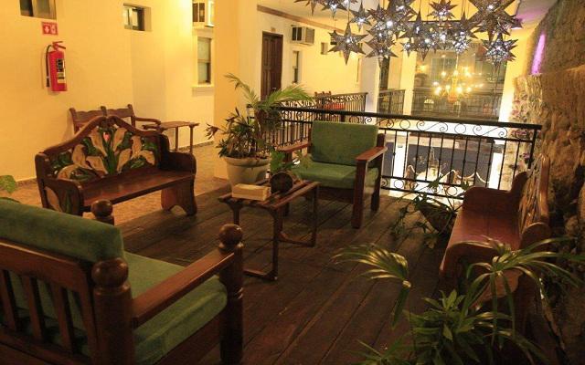 María Candelaria Hotel, disfruta un momento en la terraza de lectura y descanso