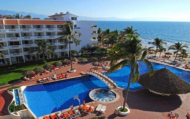 Marival Resort & Suites All Inclusive Riviera Nayarit, disfruta de su alberca al aire libre