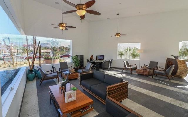 Medano Hotel and Suites, atención personalizada desde el inicio de tu estancia