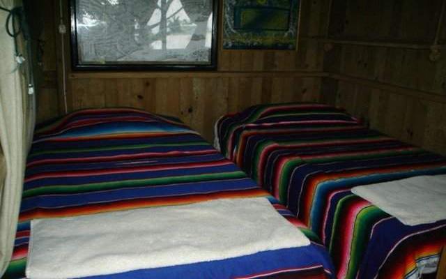 Nanciyaga Reserva Ecológica, cabañas ecológicas de madera, a la orilla del lago