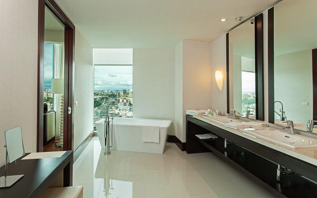 Habitaciones amplias y provistas de lo necesario para tu descanso