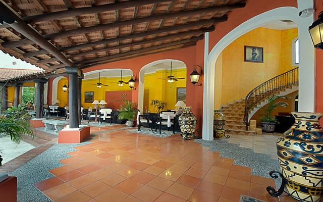 El hotel se localiza cerca del arrecife de Palancar