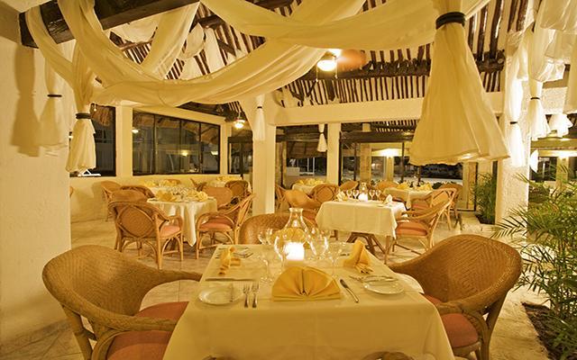 Ocean Spa Hotel, Restaurante Siena