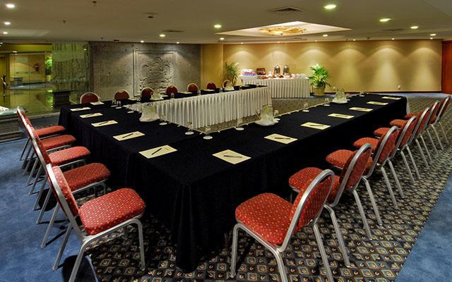 Salones para eventos de negocios con todas los servicios
