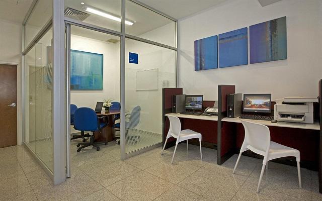 Centro de negocios disponible