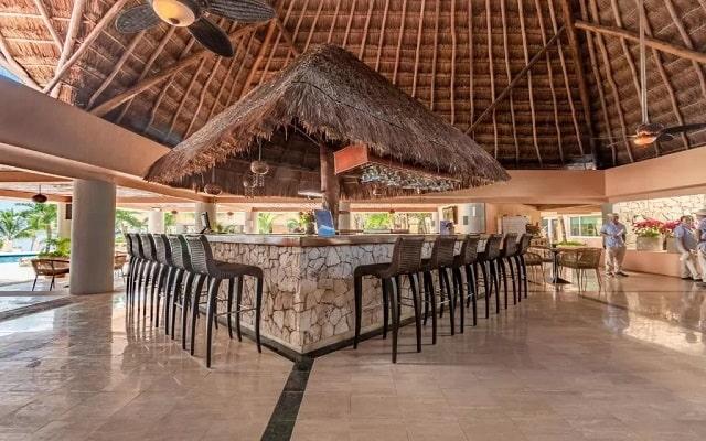 Pa Beach Club & Hotel, disfruta de una copa con vistas icreibles del mar