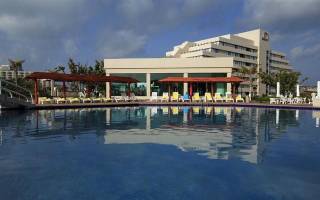 Alberca Hotel Park Royal Cancún