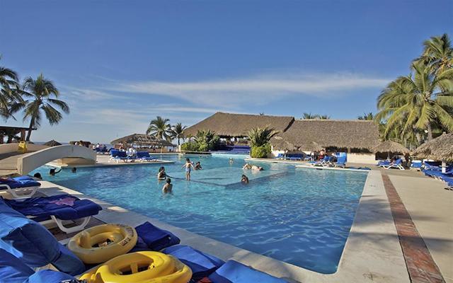 hotel de ixtapa mexico: