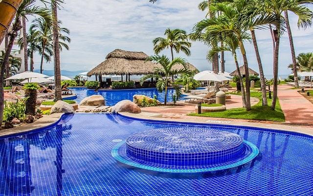 Plaza Pelícanos Grand Beach Resort, alberca con área para niños