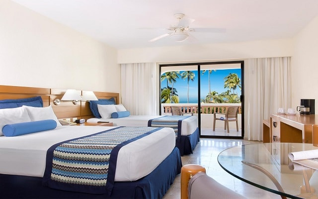 Plaza Pelícanos Grand Beach Resort, habitaciones con todas las amenidades