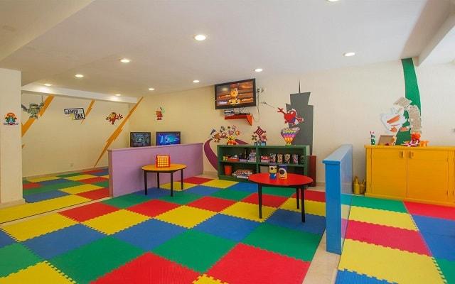Plaza Pelícanos Grand Beach Resort, club de niños