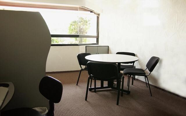 Porto Novo Hotel & Suites, servicios empresariales