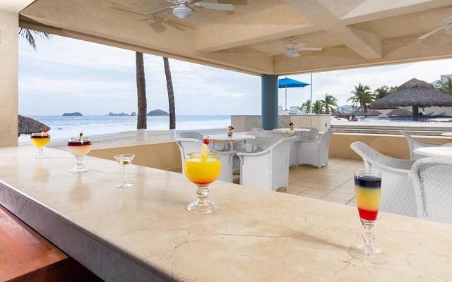Posada Real Ixtapa, prueba su rica coctelería