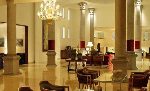 Lobby del hotel Presidente Intercontinental Puebla