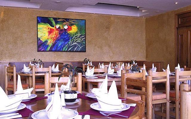 El restaurante Quinto Sol te ofrece un menú de comida internacional y mexicana