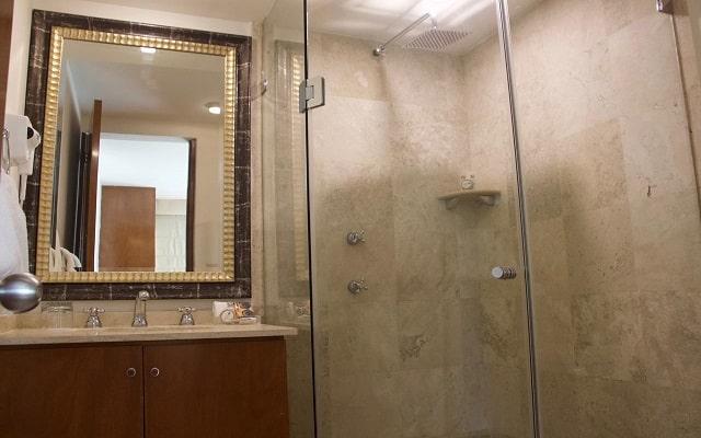Residence L'Heritage Aristóteles 140 by BlueBay, amenidades de calidad
