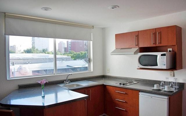 Residence L'Heritage Aristóteles 225 by BlueBay, apartamentos equipados con sala de estar y cocineta