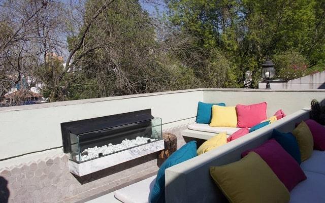 Residence L'Heritage Tennyson by BlueBay, admira hermosas vistas desde la terraza