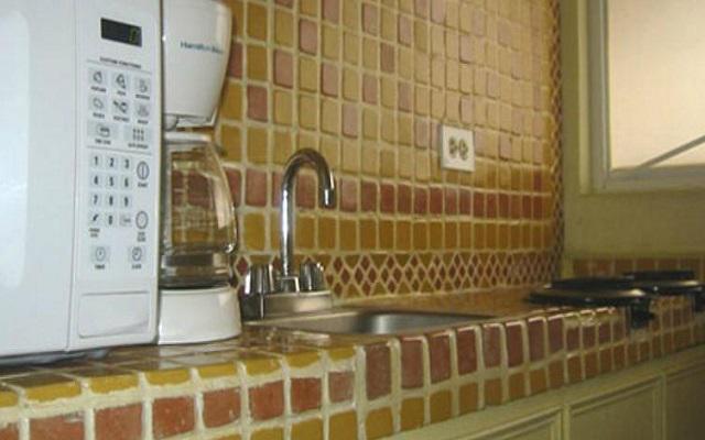 Las suites cuentan con cocina, equipamiento y utensilios