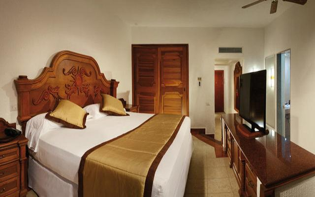 Hotel riu jalisco ofertas de hoteles en nuevo vallarta for Habitacion familiar riu vallarta