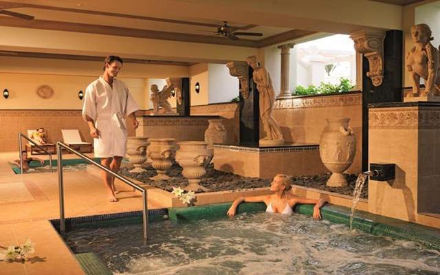 Riu Palace Pacifico All Inclusive, permite que te consientan en el spa