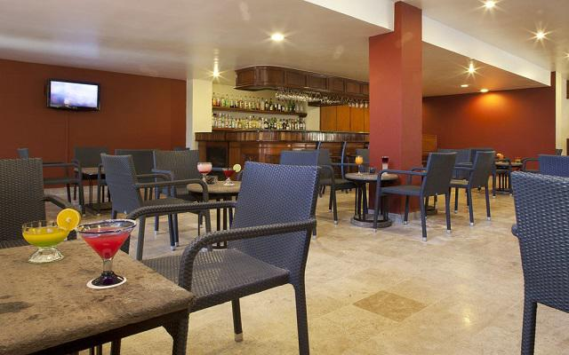 Samba Vallarta, Lobby Bar
