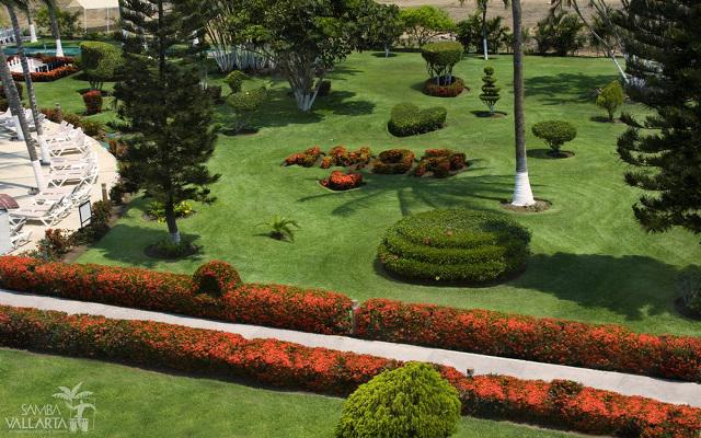 Samba Vallarta, relájate con una caminata por los jardines