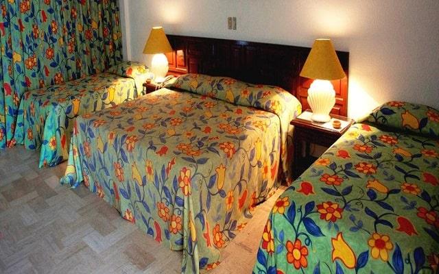 Sands Acapulco Hotel & Bungalows, habitaciones con todas las amenidades