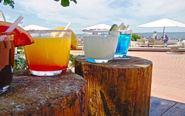 Sheraton Buganvilias Beach and Spa Resort Puerto Vallarta, disfruta una copa en ambientes increíbles