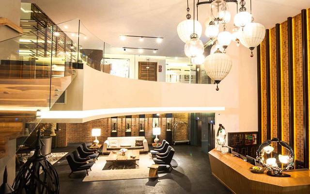 Square Small Luxury Hotel, ideal para ejecutivos modernos y viajeros con gustos exigentes.