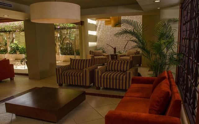 Suites Colonial Cozumel, lobby