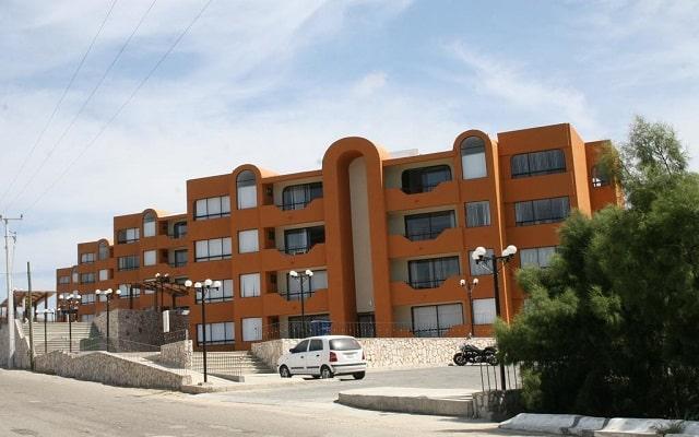 Sunrock Condo Hotel, ubicado a 10 min de la playa