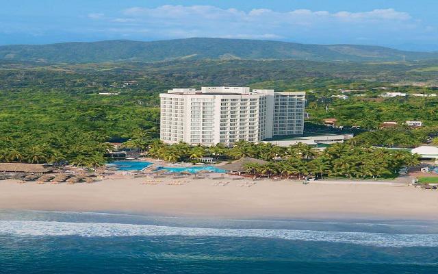 Hotel Sunscape Dorado Pacifico Ixtapa, acceso directo a la playa