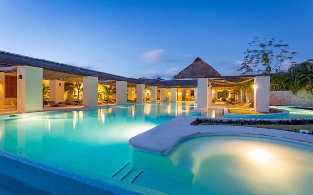 TRS Yucatan Hotel Sólo Adultos, permite que te consientan en el spa