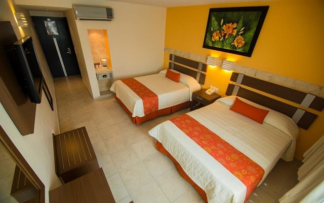Tulija Express Excellent City Hotels, habitaciones bien equipadas