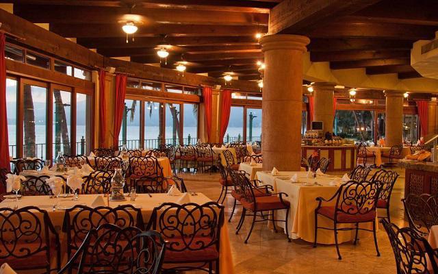 Villa del Palmar Flamingos Beach Resort and Spa, escenario ideal para disfrutar tus alimentos