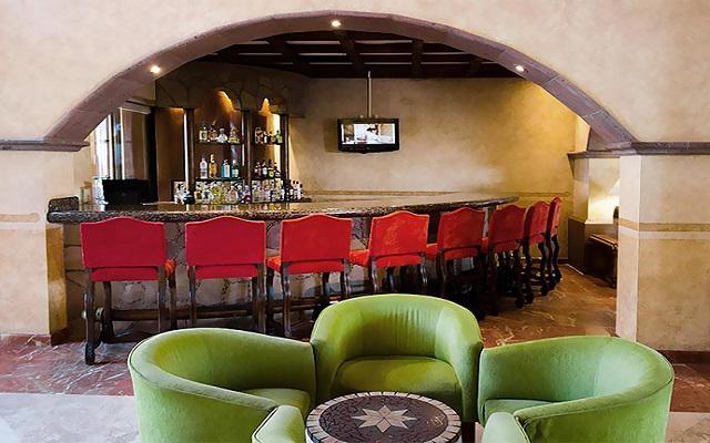 Villa del Palmar Flamingos Beach Resort and Spa, degusta una copa en buena compañía