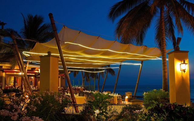 Villa del Palmar Flamingos Beach Resort and Spa, disfruta las noches a la orilla del mar