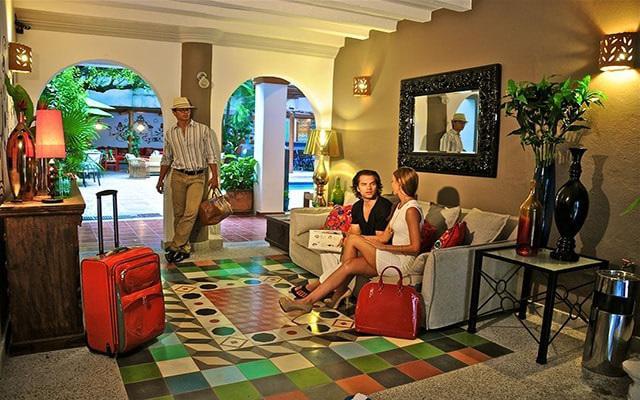 Villa Mercedes Petit Hotel Sólo Adultos, lobby