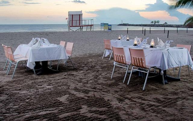 Villa Varadero, disfruta una cena en la playa