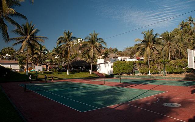Hotel Vista Playa de Oro, canchas de usos múltiples