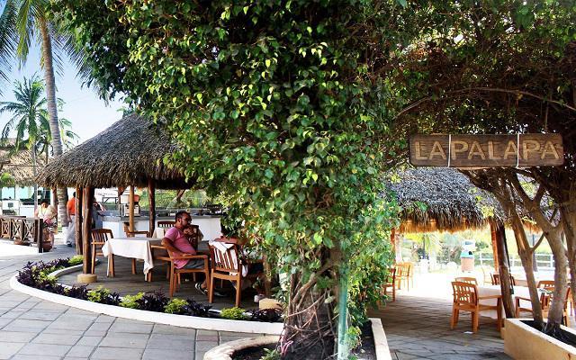 Hotel Vista Playa de Oro, Bar La Palapa