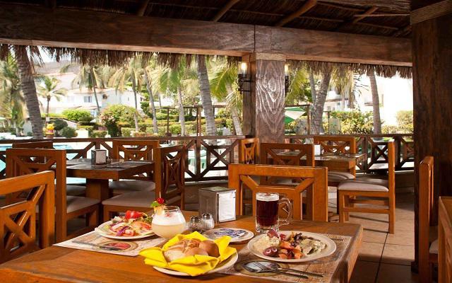 Hotel Vista Playa de Oro, Restaurante Perla Negra