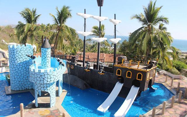 Hotel Vista Playa de Oro, espacios ideales para que los pequeños se diviertan