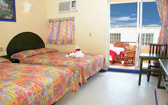 Hotel Zihuatanejo Centro, habitaciones bien equipadas