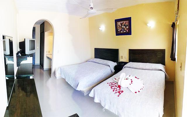 Hotel Zihuatanejo Centro, amplias y cómodas habitaciones